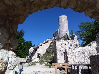 Jurajskie zamki Rabsztyn i Smoleń