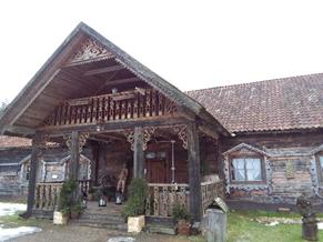 Drewniane Podlasie – majątek Howieny