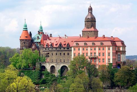 Tajemniczy zamek w Książu