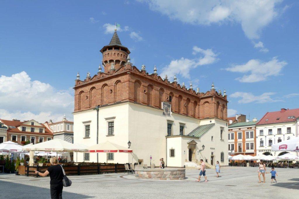 Tarnów – prywatne miasto Tarnowskich, Ostrogskich i Sanguszków